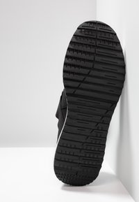 Versace Jeans Couture - LINEA FONDO SUPER  - Zapatillas - black - 4