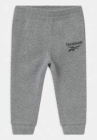 Reebok - HOODIE SOLID SET - Trainingsanzug - mottled grey - 2