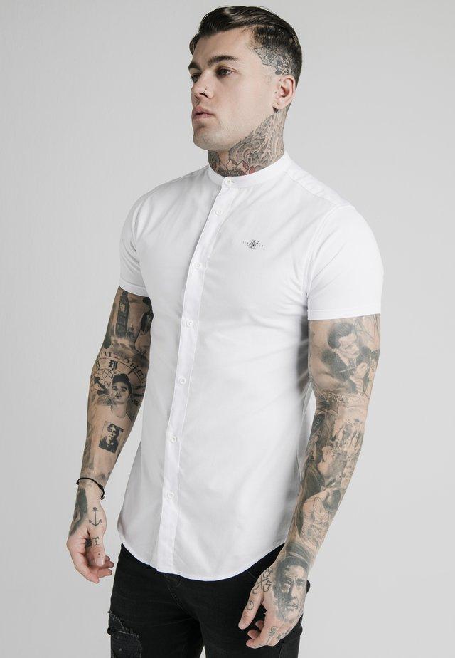 STANDARD COLLAR SHIRT - Camicia - white