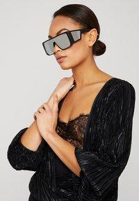Tom Ford - Sunglasses - black/blue - 3
