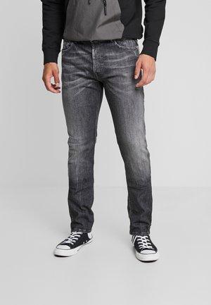 DONNY - Jeans fuselé - dark grey