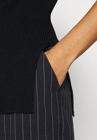ARKET - Camiseta básica - black - 3