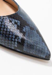 Paco Gil - MINA - Classic heels - bluette/nero - 2
