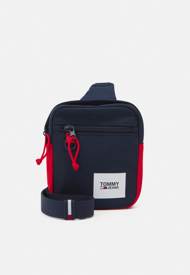 Tommy Jeans - URBAN ESSENTIALS CHEST BAG - Taška spříčným popruhem - blue