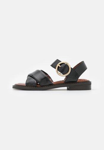LYNA FLAT - Sandals - black