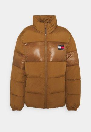 TONAL COLORBLOCK PUFFER - Winter jacket - desert khaki