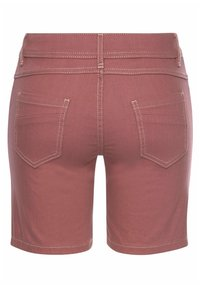 s.Oliver - Denim shorts - himbeere - 1
