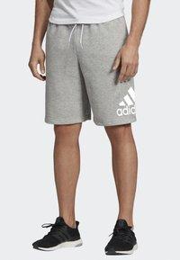 adidas Performance - MUST HAVES BADGE OF SPORT SHORTS - Short de sport - gray - 1