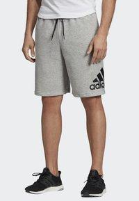 adidas Performance - MUST HAVES BADGE OF SPORT SHORTS - Sports shorts - gray - 0