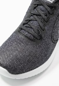 Skechers Sport - ULTRA FLEX - Zapatillas - black/white - 6
