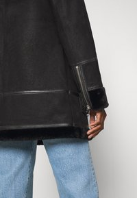 Freaky Nation - ARCTIC VILLAGE - Cappotto invernale - black - 4