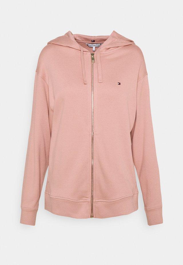 OVERSIZED ZIP THROUGH HOODIE - veste en sweat zippée - soothing pink