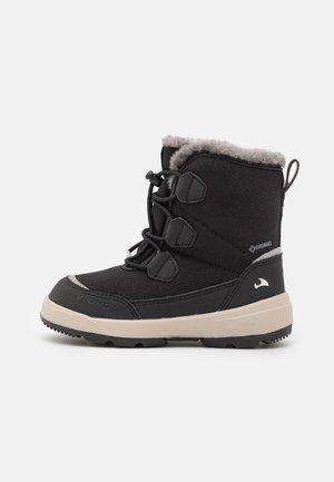 MONTEBELLO GTX UNISEX - Zimní obuv - black
