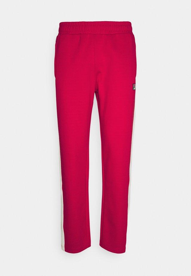 SETTANTA TRACK PANTS - Teplákové kalhoty - true red/blanc de blanc