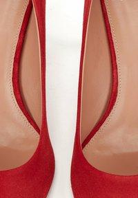 BOSS - EDDIE - Classic heels - red - 6