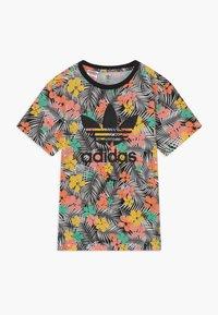 adidas Originals - TEE - T-shirt print - black/multicolour - 0