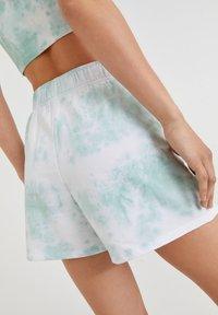 PULL&BEAR - Shorts - off-white - 4