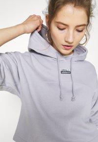 adidas Originals - SPORTS INSPIRED - Hoodie - glory grey - 5
