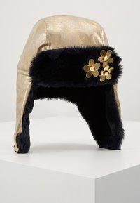 Little Marc Jacobs - CHAPKA - Berretto - light gold - 1