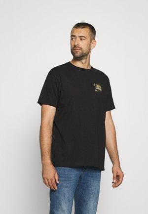ALPHA SQUARE - Print T-shirt - black
