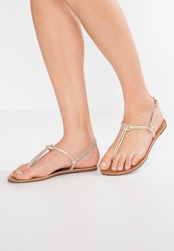 Sandalias de dedo - rose-gold