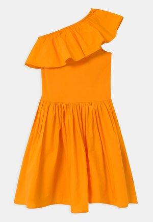 CHLOEY - Sukienka koktajlowa - tangerine