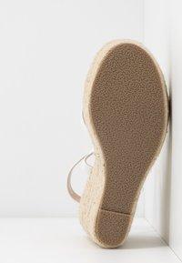 BEBO - FARRAH - Sandaler med høye hæler - white - 6
