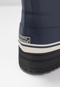 Vero Moda - VMELMA BOOT - Botas de agua - night sky - 2