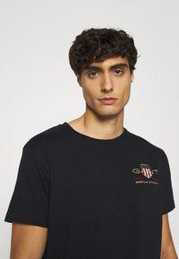GANT - ARCHIVE SHIELD - Print T-shirt - black - 3