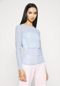NA-KD - ASYMMETRIC GATHERED - Long sleeved top - blue - 0