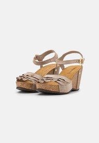Copenhagen Shoes - ELVIRA  - Platform sandals - beige - 2
