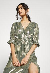 We are Kindred - ADELE MAXI DRESS - Společenské šaty - olive rose - 3