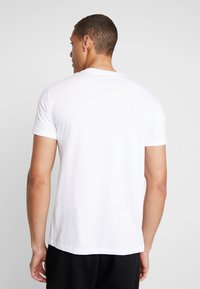 Armani Exchange - T-shirt med print - white - 2