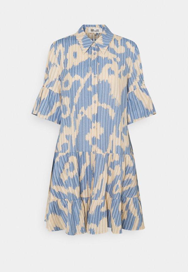 BEATA - Korte jurk - bali giant