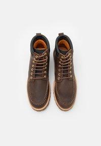 Lumberjack - HALLBERG - Šněrovací kotníkové boty - dark taupe/black - 3