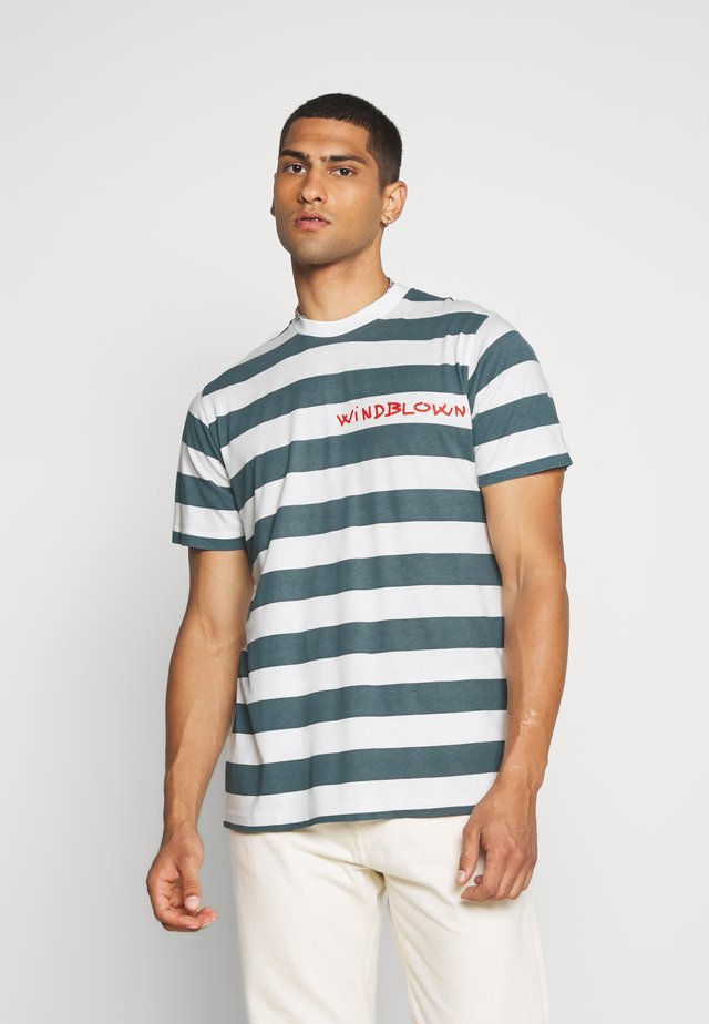 BEACH STRIPE TWIN - Print T-shirt - blue