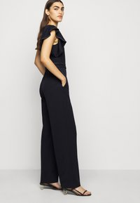 Lauren Ralph Lauren - LUXE TECH CREPE-JUMPSUIT - Combinaison - lighthouse navy - 4