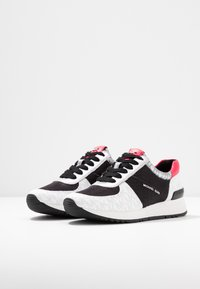 MICHAEL Michael Kors - ALLIE TRAINER - Sneakers - black/multicolor - 4