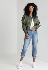 Alpha Industries - Bomber Jacket - sage green/gold - 1