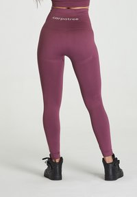 carpatree - SEAMLESS LEGGINGS MODEL ONE - Trikoot - burgundy - 2