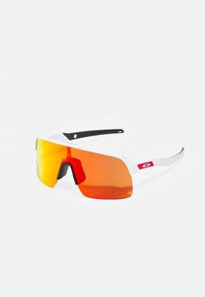 SUTRO LITE UNISEX - Sports glasses - matte white/prizm ruby