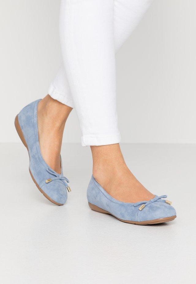 ANNYTAH - Bailarinas - light blue