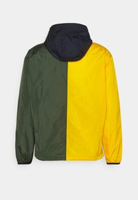 Polo Ralph Lauren - COLOR-BLOCKED WATER-REPELLENT JACKET - Summer jacket - army/slicker yellow - 1