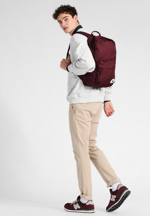 EDC POLY BACKPACK - Rucksack - dark sangria