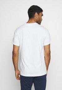 Nike Performance - KROATIEN CRO TEE GROUND - Voetbalshirt - Land - white - 2