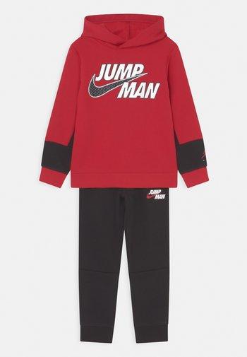 JUMPMAN BY NIKE SET - Träningsset - gym red