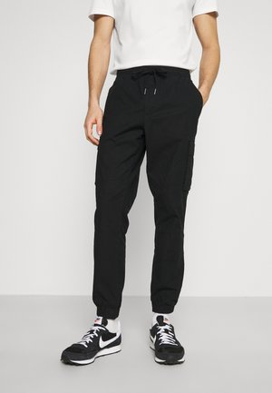 JOGGER - Cargobroek - true black