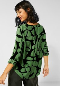 Street One - MIT MUSTER - Long sleeved top - grün - 2