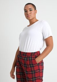 Zizzi - SHORT SLEEVE V NECK - Basic T-shirt - bright white - 0