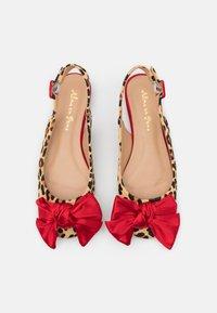Alma en Pena - Slingback ballet pumps - red - 5